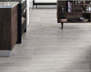 Gres porcellanato effetto marmo per classici pavimenti di charme