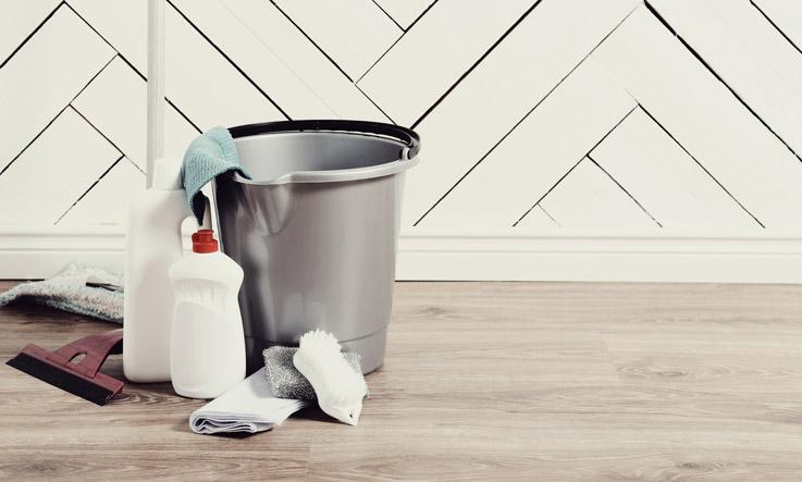 pulizia generale pavimenti pvt